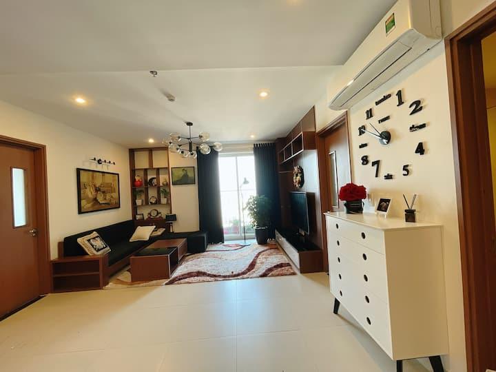 Luxury 3BR Apartment @SHP Plaza