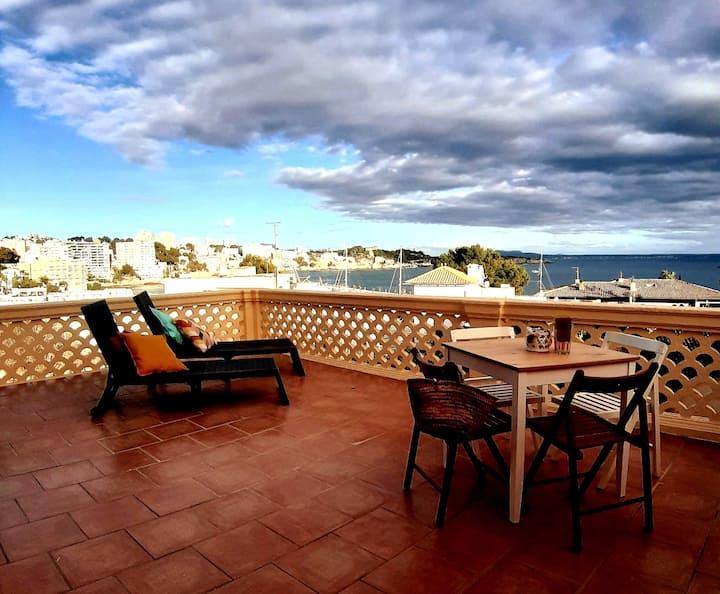 Wonderful sea view Calanova Port apartment