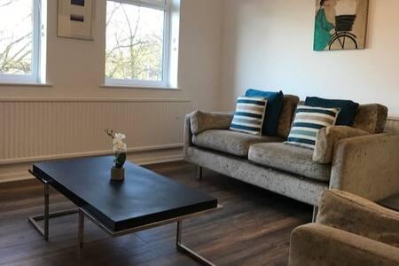 Contemporary Apartment Central to Lancaster Castle