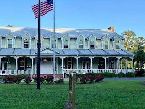 Blueberry Plantation Golf Resort
