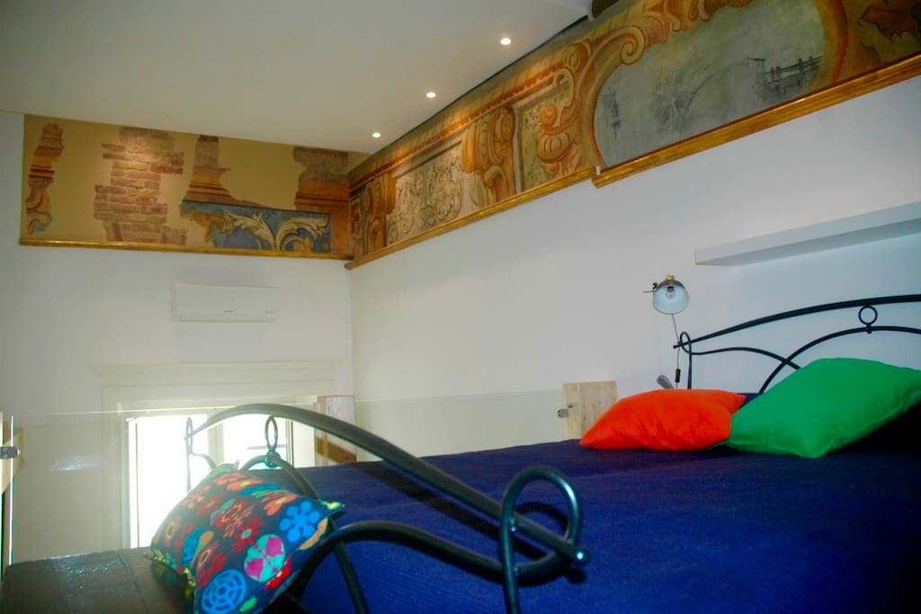 Casa cesira residenza liana case vacanze in affitto a - Tastiera del letto ...