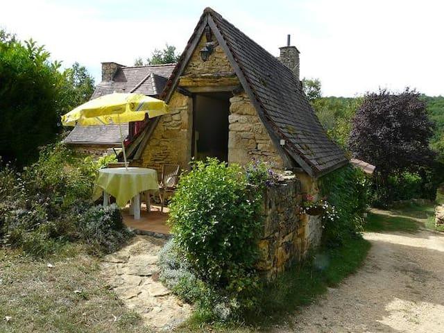 Studio en campagne proche de Sarlat - Saint-André-d'Allas - 獨棟