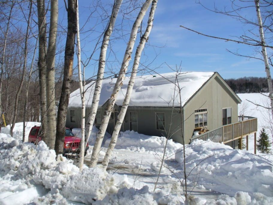 Perfect for ski season and only minutes away from Okemo or seconds away from ice fishing.