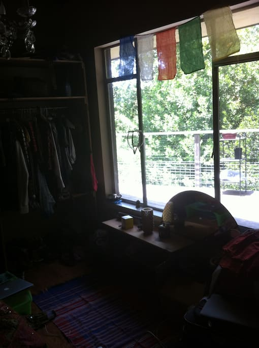 small 3rd room overlooks the beautiful back deck