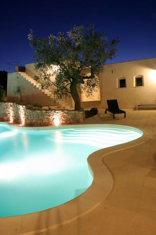 Modern Pool and Ancient Trullo - Racale - Villa