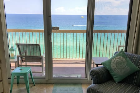 Remodeled Condo, Right On The Beach, Amazing Views - Destin - Apartment