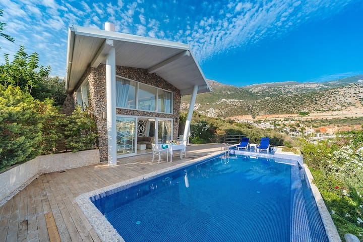 The Pavilions-Private Pool House