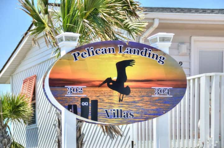 Pelicans Landing 5-Tropical Palms
