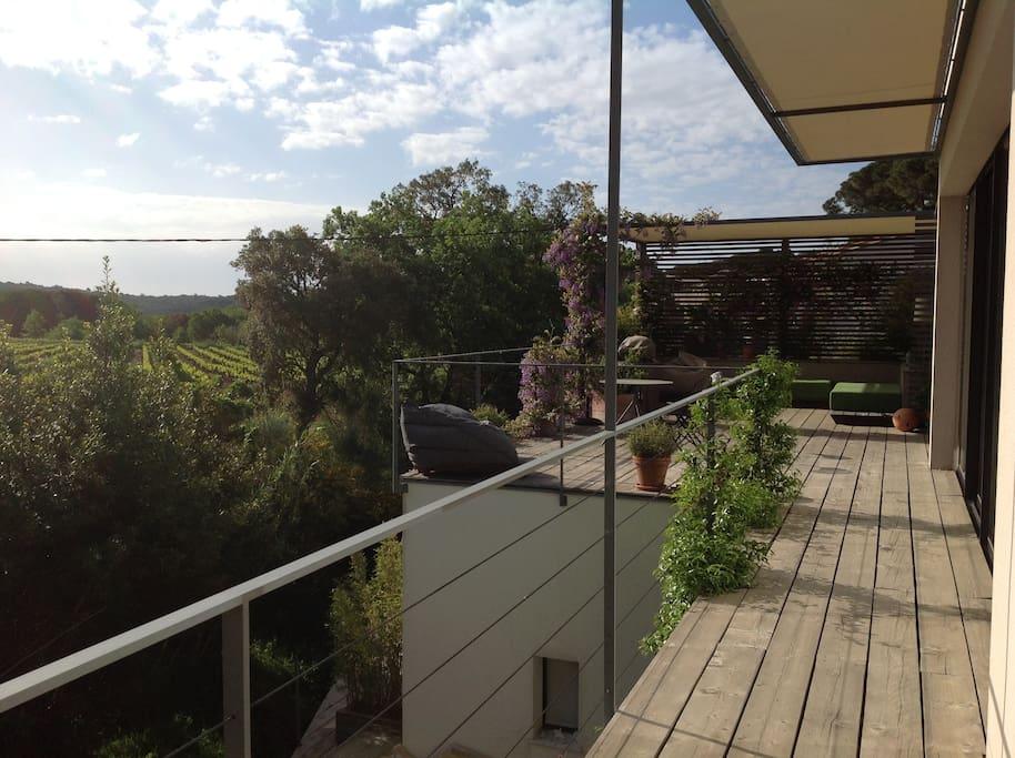 Appartement esprit loft entre mer et vignes lofts for Loft et appartement