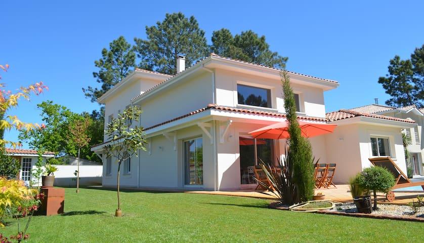 Stunning villa in Lège-Cap-Ferret