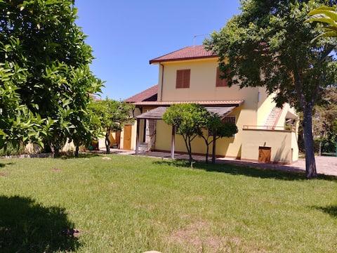 L'Agave, casa vacanze in villa a Paestum