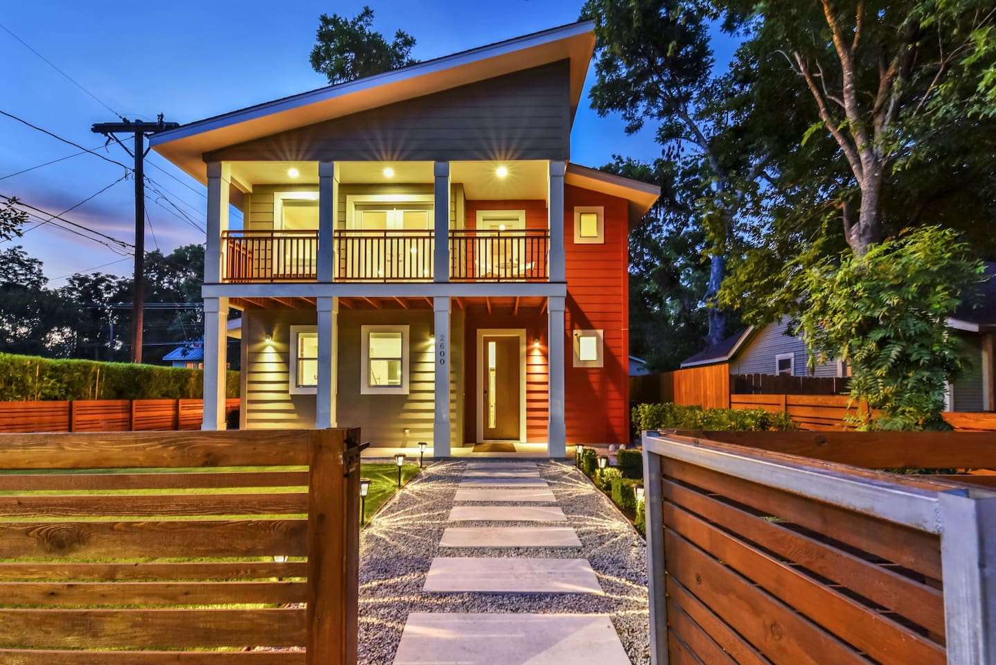 BRAND NEW HOUSE in Ultra-hip East Downtown Austin - Houses for Rent ...