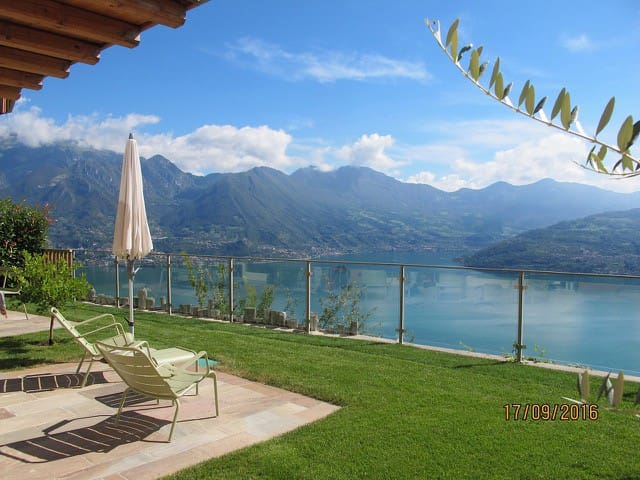 Wonderful house overlooking Lake Iseo - Parzanica - Appartement