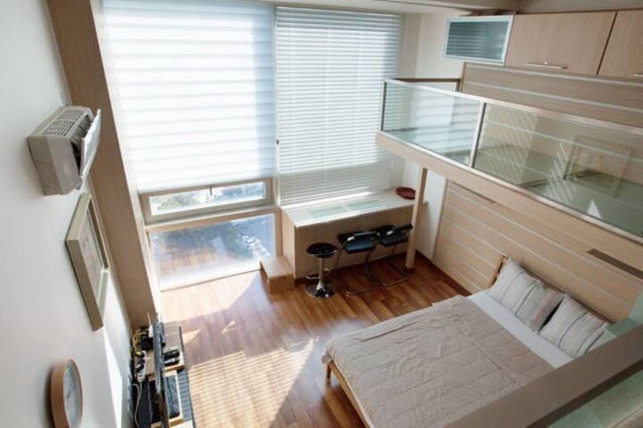 Free WiFi / Duplex in Jongro & Myungdong #2