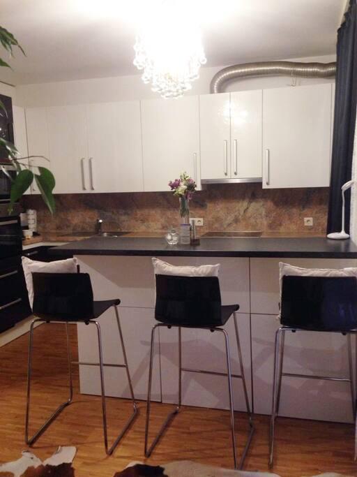 Breakfast Area/ Kitchen