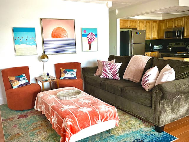Colorful decor with a beachy theme!