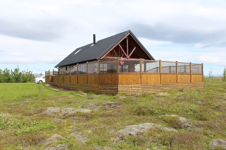 Summer Cabin on the Golden Circle