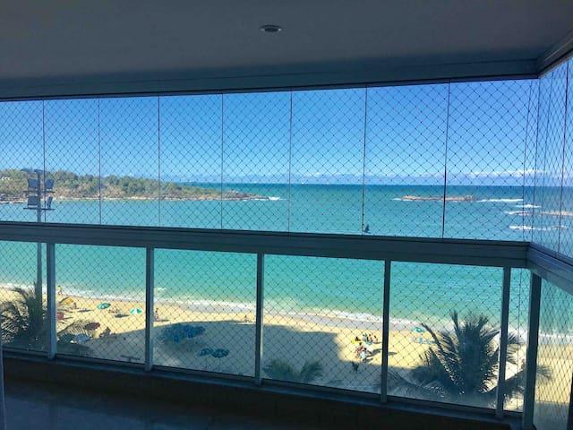 Apartamento Praia da Costa Frente pro mar