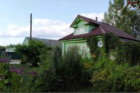 Деревенский дом в Пушкинских местах