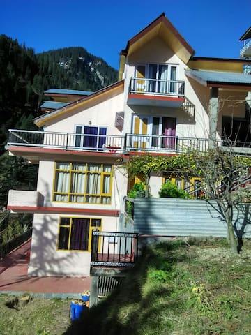 DevChhaya cottage, Kanyal Rd,Manali - Manali - Villa