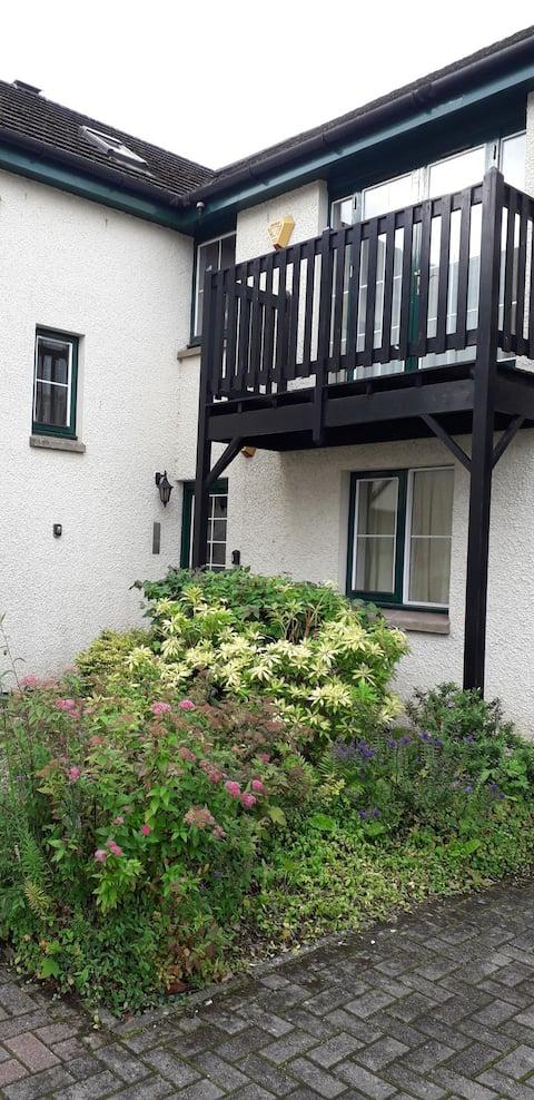 Wellingtonia Garden Apartment