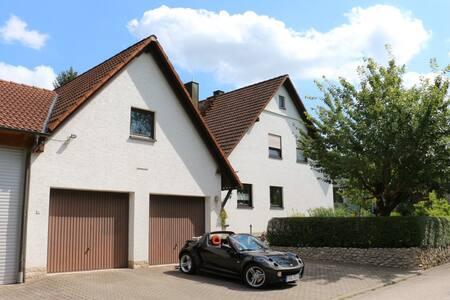 Fränkische Schweiz: Schöne große 3-Zimmer-Wohnung - Unterleinleiter - Apartment - 2