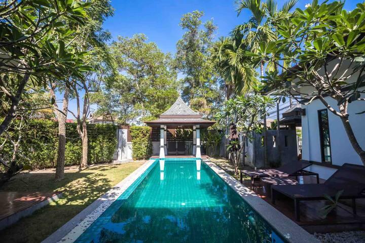 普吉岛最大别墅庄园 配套设施齐全 安全 超大泳池 24小时保安 别墅新 每天保姆清洁卫生
