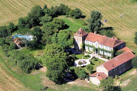 L'Ancienne Écurie du Chateau Lézian