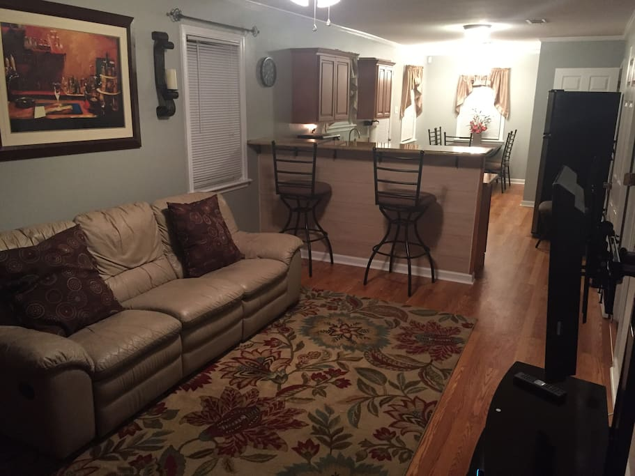 Living Room with High Bar and Sofa with 2 Recliners