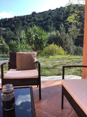 Suite independent access nature surrounded villa