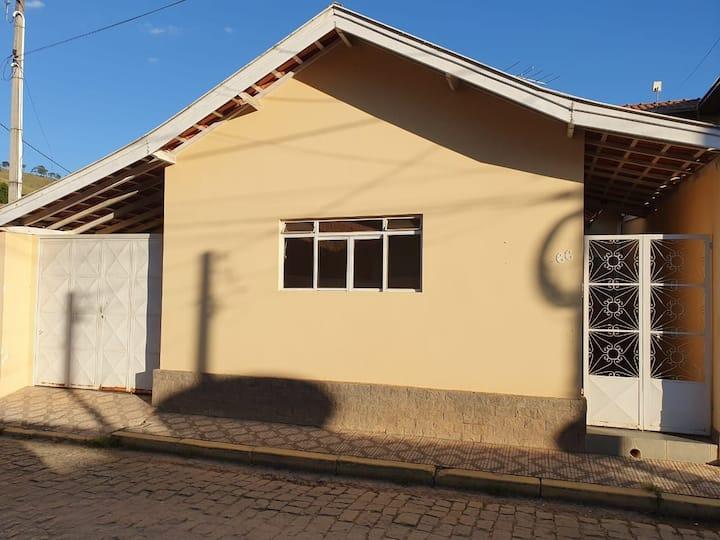 Casa no centro, confortável  e aconchegante