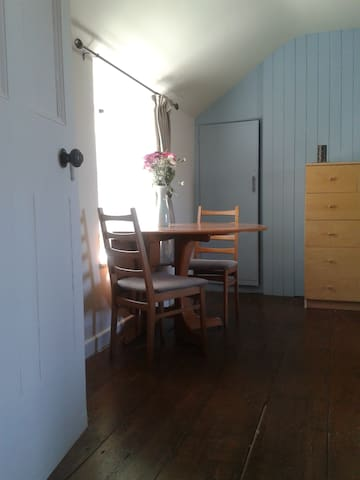 Light and spacious kingsize - Saint Just - Bed & Breakfast