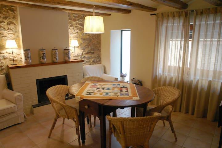 Cal Barcelo casa con encanto entre el mar imontaña - Vandellòs - Rumah