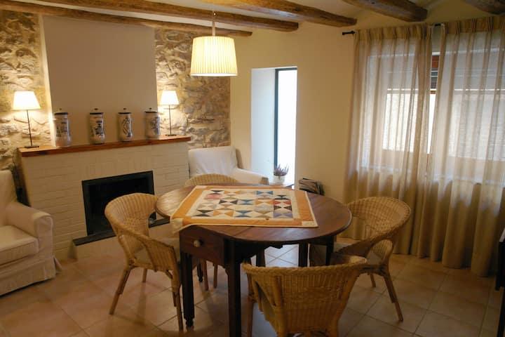 Cal Barcelo casa con encanto entre el mar imontaña