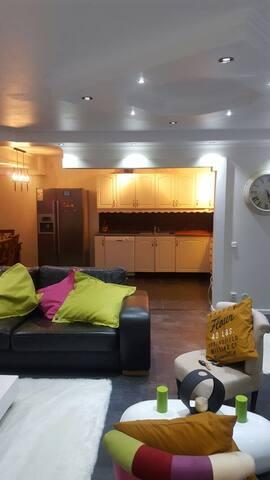 Modern apartment close to city central - 胡丁厄(Huddinge) - 公寓