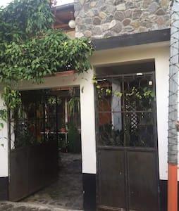 Chalet Paraiso del Valle - Panajachel - Apartment