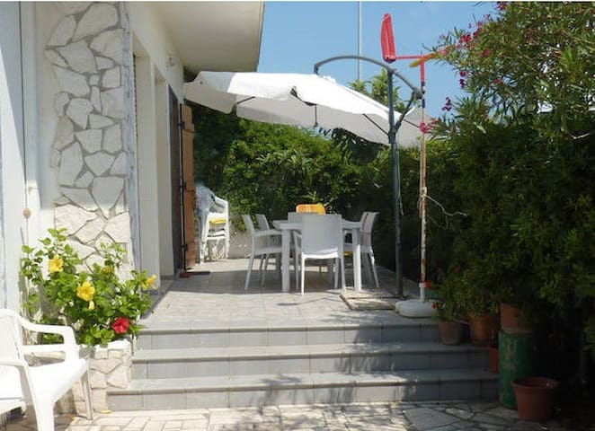 Beachfront Home Rental - Terracina - House