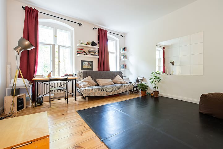 Airy apartment in Xberg