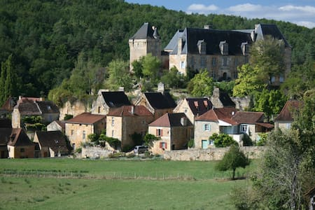 La Maison du Chateau-Dordogne - Berbiguières - Casa