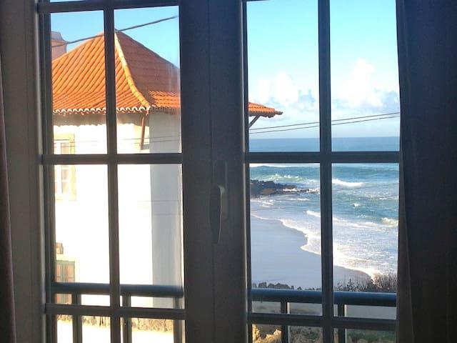 Beach & Surf Villa in west coast - Sintra - House