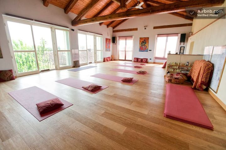 CASCINA ANANDA - YOGA & RELAX -   - Province of Asti - Bed & Breakfast