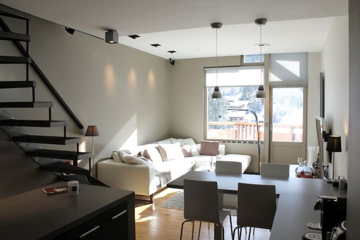Duplex in Courchevel-La Tania on the ski slopes