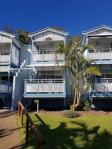 Tangalooma Beachfront Villa 7