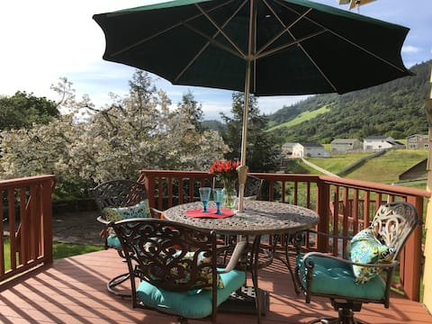 Serene! 5 mins. from Sonoma ValleyTasting