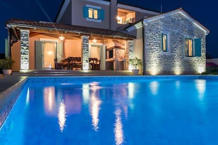 Villa Violica - Juršići - Villa