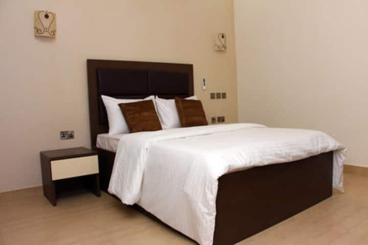Ojays Guest House - Deluxe Room