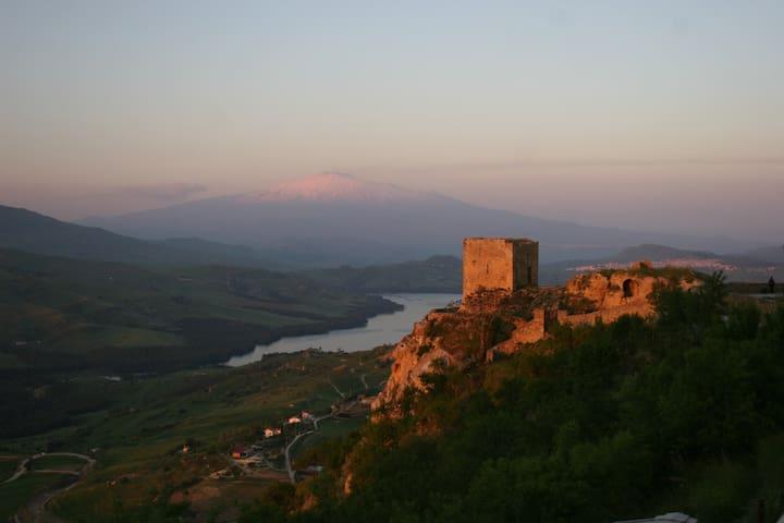Case al Borgo-Home relais -Sciascia - Agira - House