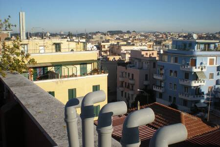 A wiew over the roofs of Rome - Wohnung