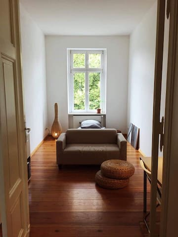 Cozy room in a flatshare next to a beautiful park