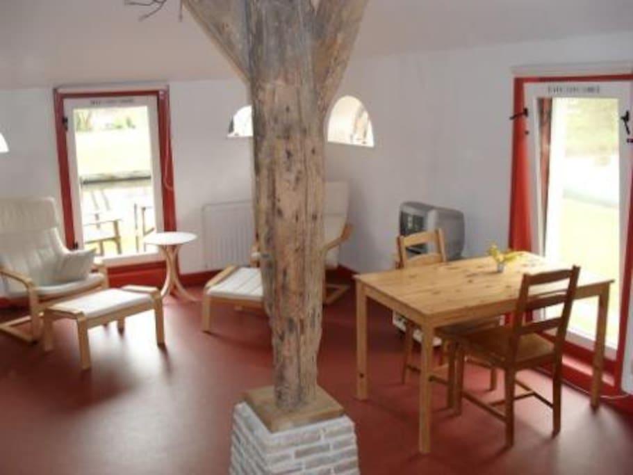 Appartement in boerderij aan water achter huizen te huur in giethoorn overijssel nederland - Kamer van mozaiekwater ...